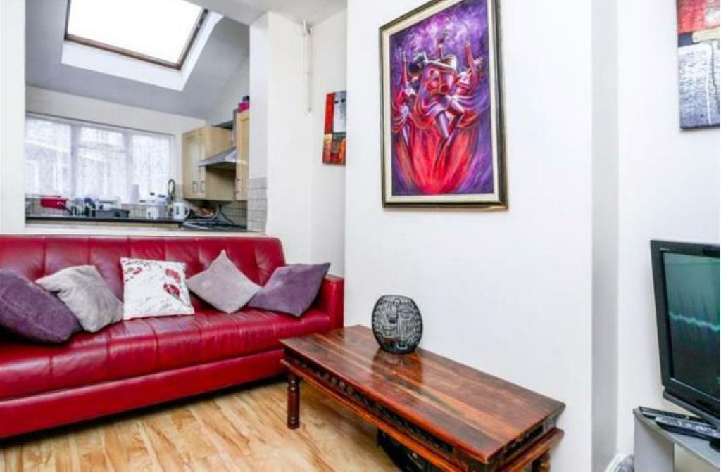 5 Bedrooms Terraced House for sale in Mayton Street, London N7