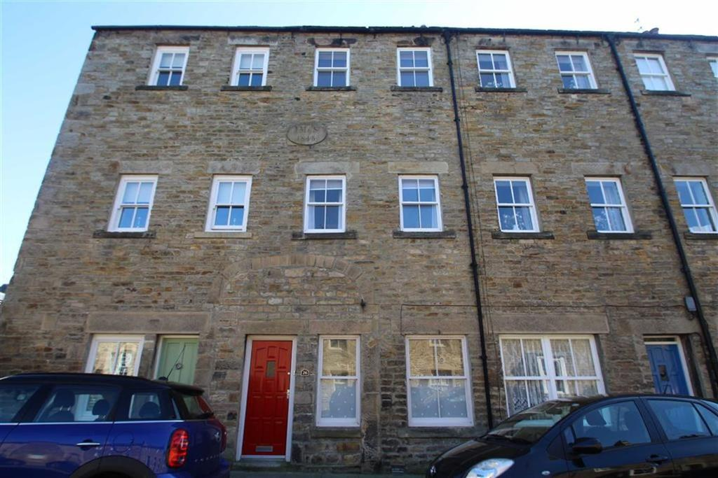 4 Bedrooms Town House for sale in Thorngate, Barnard Castle, County Durham