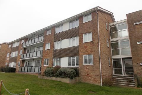 2 bedroom flat to rent - Lustrells Vale, Saltdean, East Sussex