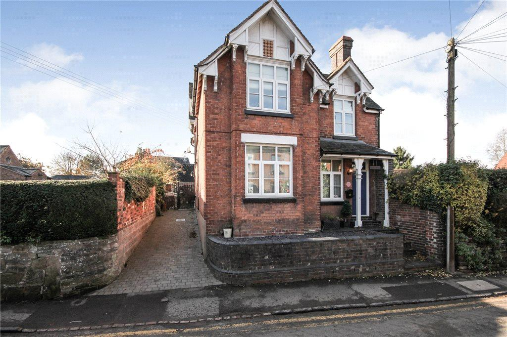 3 Bedrooms Detached House for sale in Church Road, Belbroughton, Stourbridge, DY9