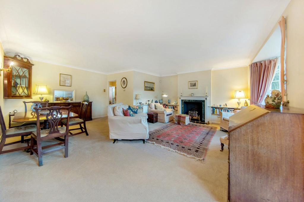 3 Bedrooms End Of Terrace House for sale in Warwick Drive, SW15