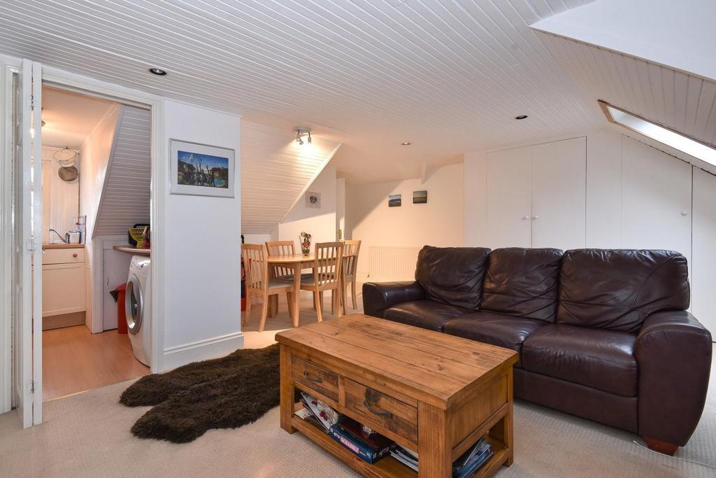 1 Bedroom Flat for sale in Santos Road, Wandsworth