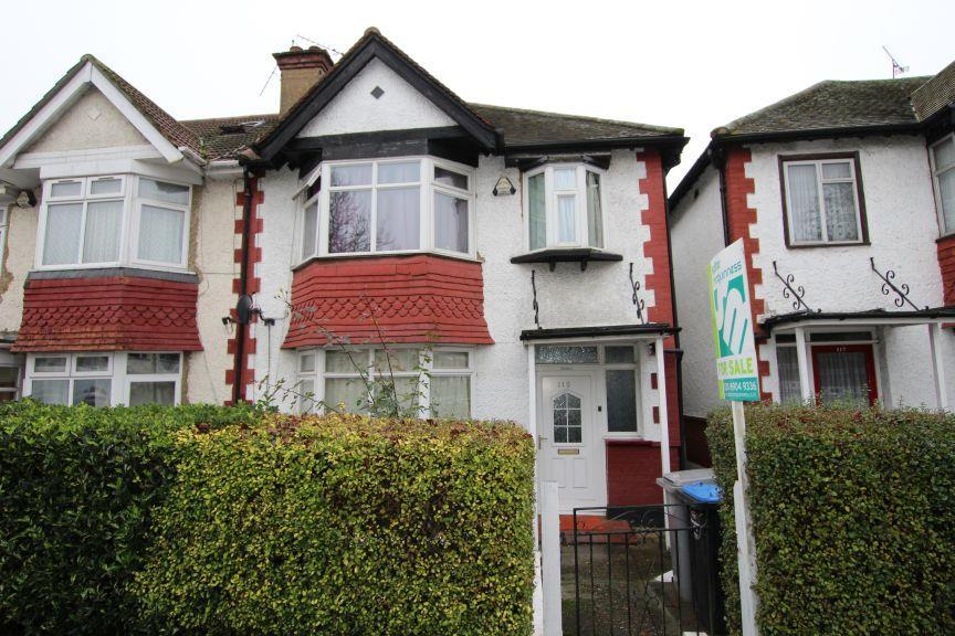 3 Bedrooms Semi Detached House for sale in St John's Road, Wembley HA9 7JP
