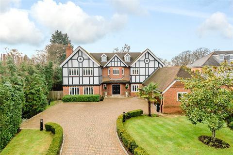 5 bedroom detached house for sale - Camp Road, Gerrards Cross, Buckinghamshire