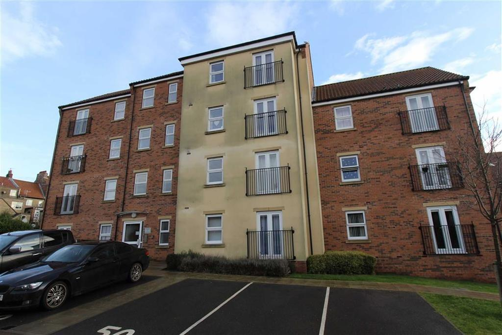 2 Bedrooms Flat for sale in Cloisters Mews, Bridlington, East Yorkshire, YO16