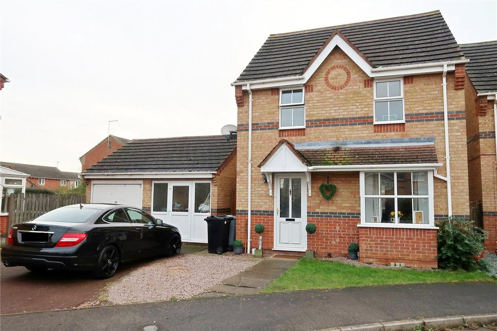 3 Bedrooms Detached House for sale in Speedwell Court, Deeping St. James, Peterborough, PE6