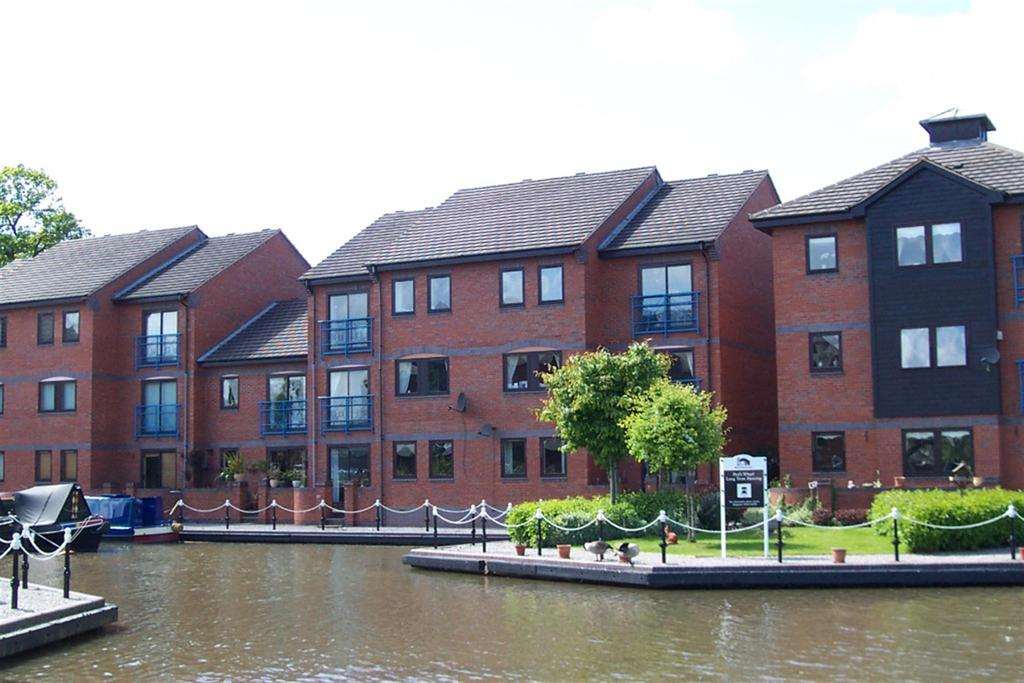 2 Bedrooms Apartment Flat for sale in Evans Croft, Fazeley, Tamworth, Staffordshire, B78 3QY