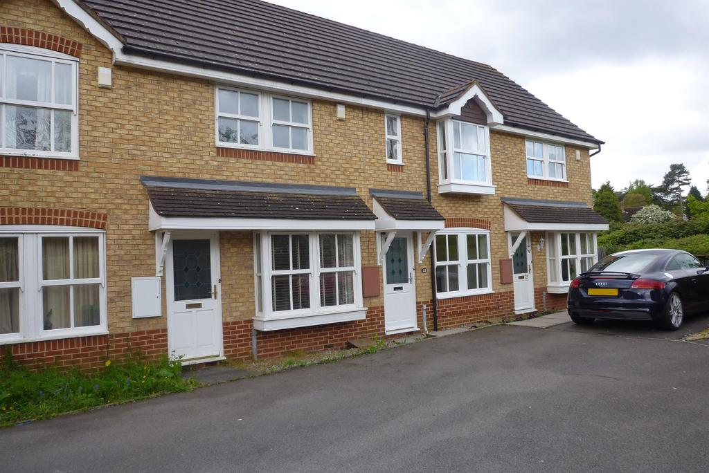 2 Bedrooms Mews House for rent in Corbetts Close, Hampton-In-Arden, B92 0BU