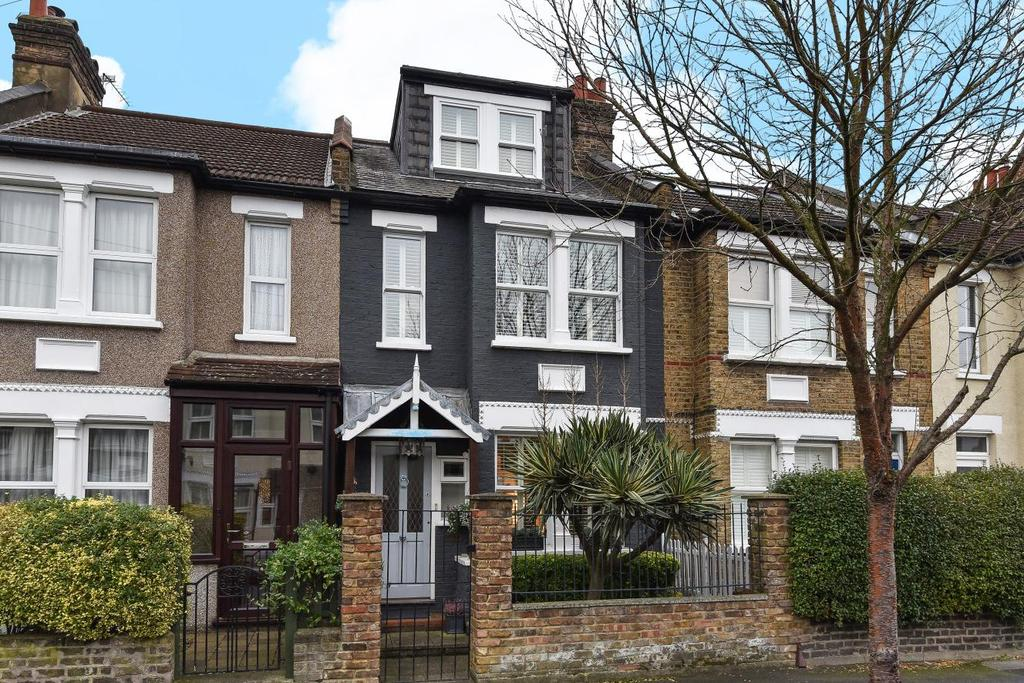3 Bedrooms Terraced House for sale in Sydney Road, Raynes Park