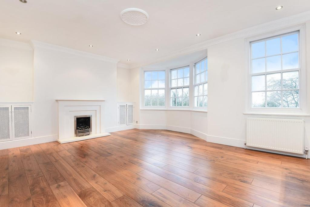 2 Bedrooms Flat for sale in South Grove, Highgate