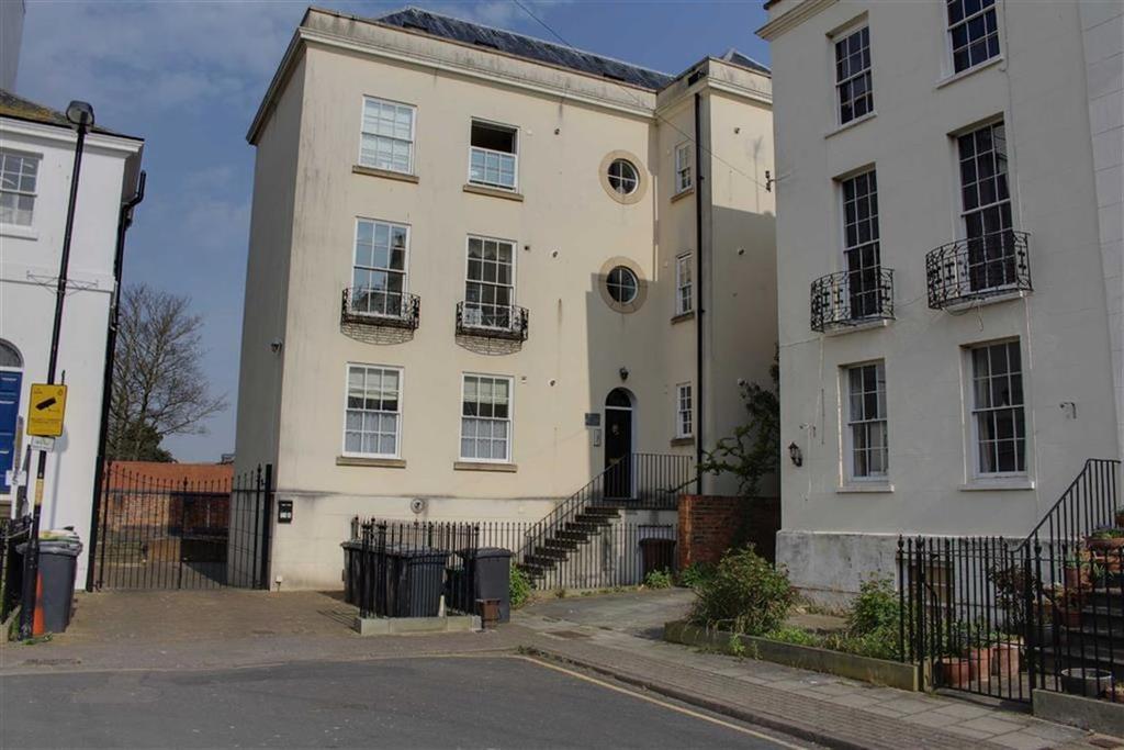 Studio Flat for sale in Brunswick Court, Gloucester