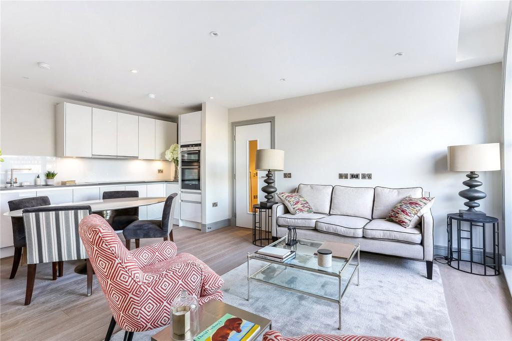 2 Bedrooms Flat for sale in Ivory House, Clove Hitch Quay, London, SW11