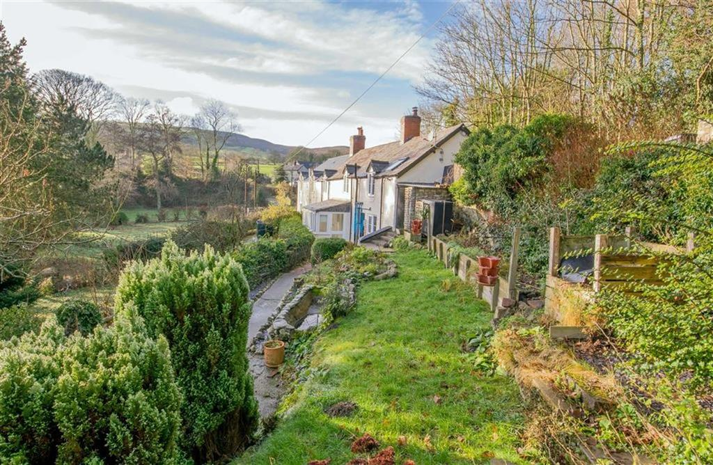 3 Bedrooms Cottage House for sale in Pentre, Cilcain, Mold