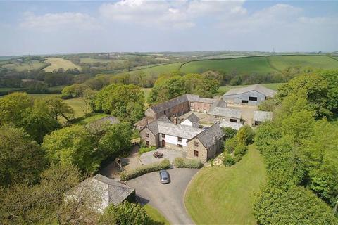 6 bedroom property with land for sale - Boyton, Launceston, Cornwall, PL15