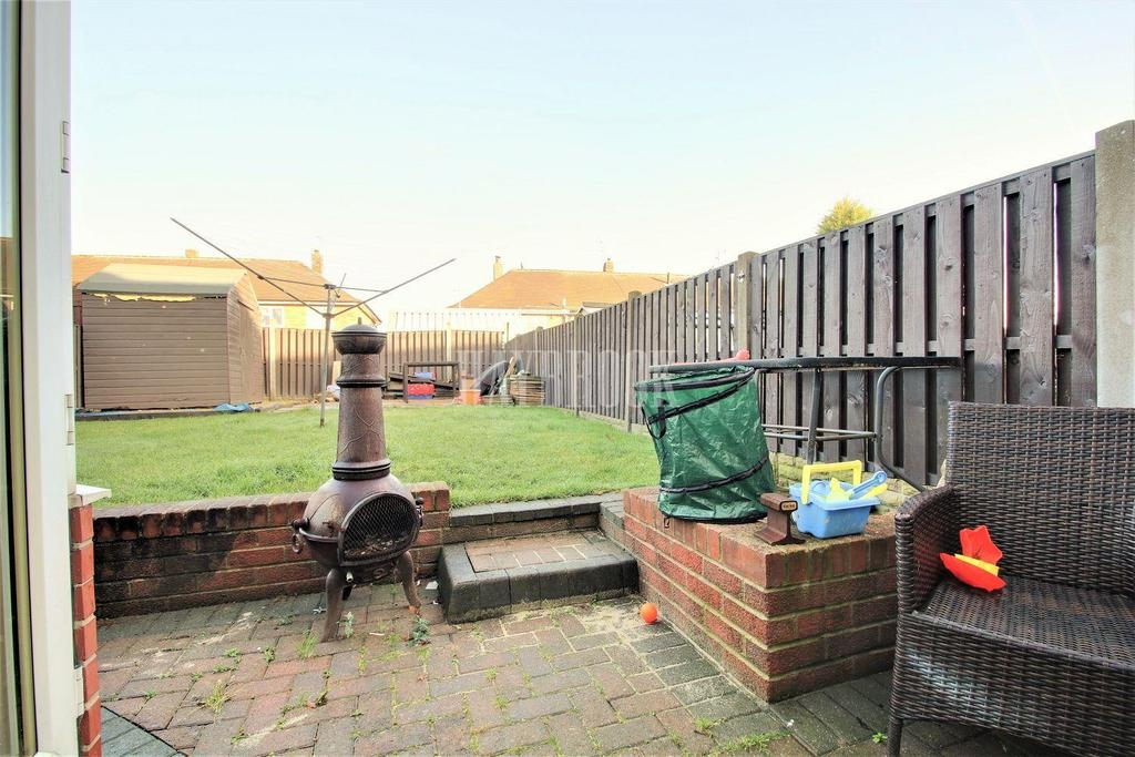3 Bedrooms Terraced House for sale in Broome Avenue, Swinton