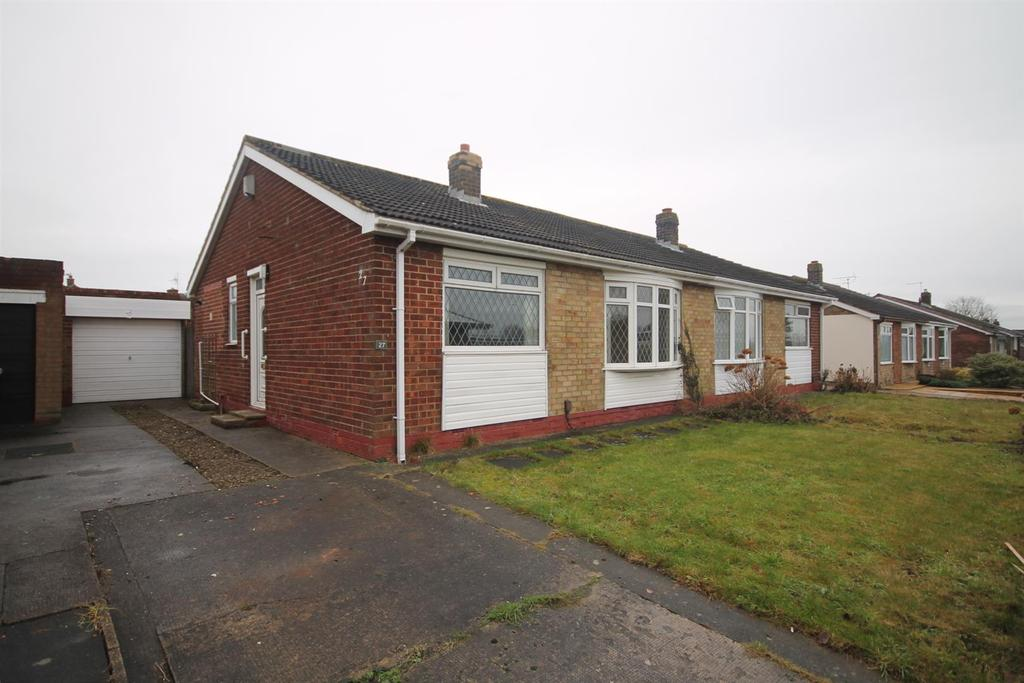 2 Bedrooms Semi Detached Bungalow for sale in Seymour Drive, Eaglescliffe