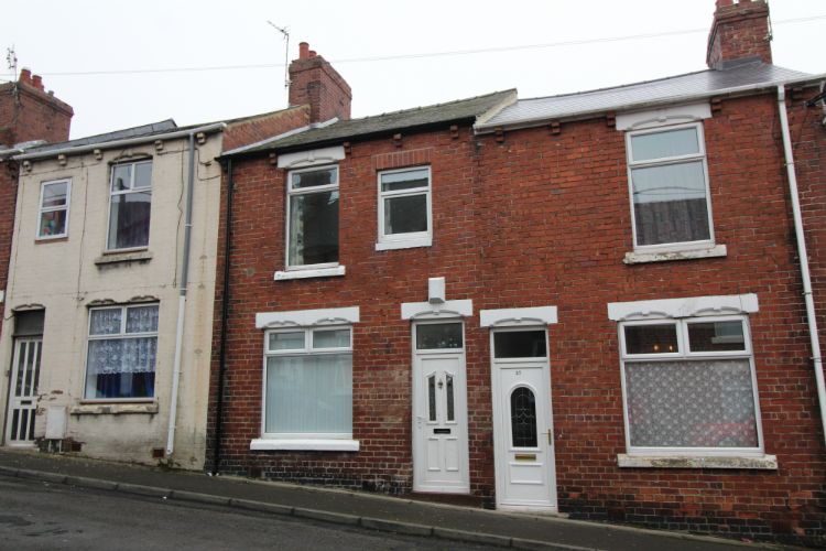 3 Bedrooms Terraced House for sale in 26 Bircham Street, South MOor, DH9 7AE