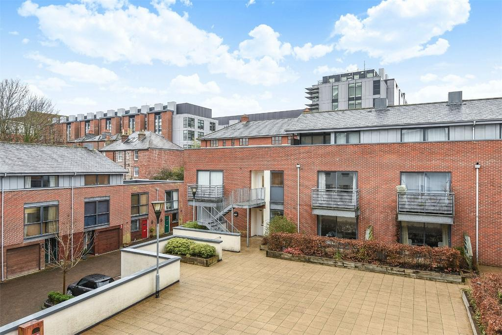 2 Bedrooms Flat for sale in City Centre, Winchester, Hampshire