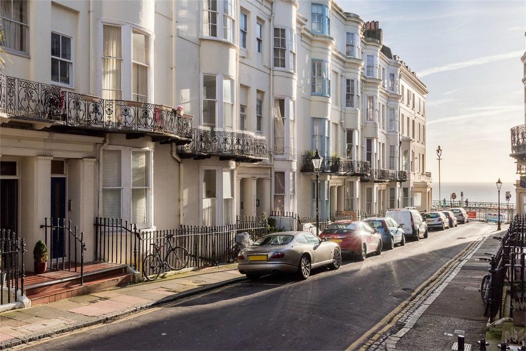 2 Bedrooms Flat for sale in Atlingworth Street, Brighton, East Sussex
