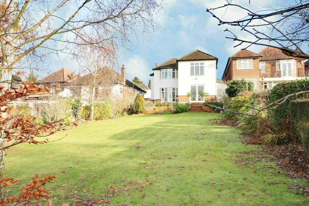 5 Bedrooms Detached House for sale in Old Park View, Enfield, EN2