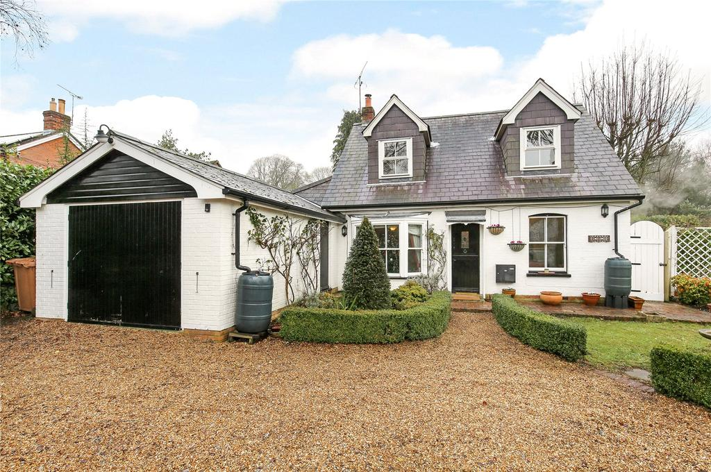 4 Bedrooms Detached House for sale in Church Lane, Awbridge, Romsey, Hampshire, SO51