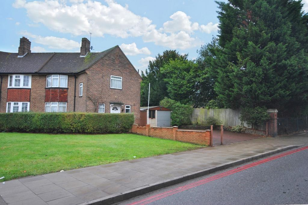 3 Bedrooms Semi Detached House for sale in Bromley Hill Bromley BR1