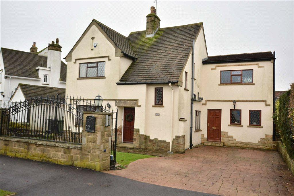 4 Bedrooms Detached House for sale in Southway, Horsforth, Leeds