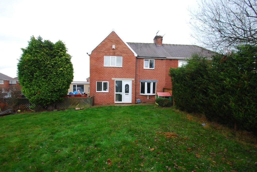 3 Bedrooms Semi Detached House for sale in Bretton Road, Darton, Barnsley S75