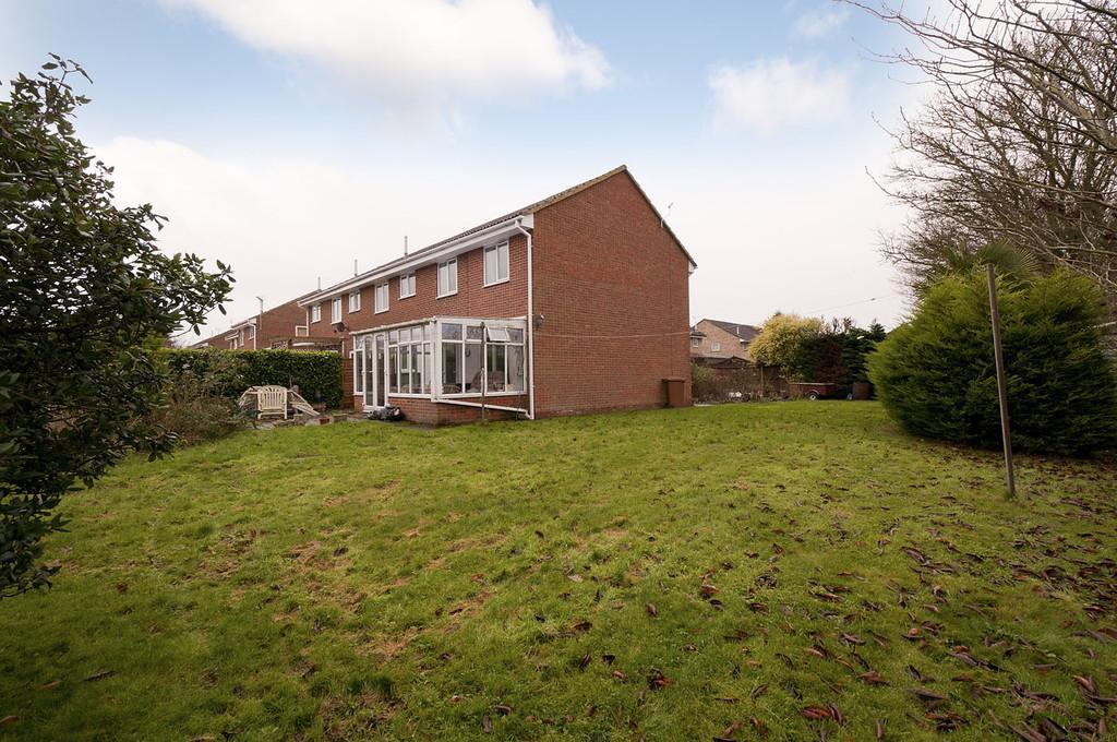 3 Bedrooms End Of Terrace House for sale in Ballard Way, Paddock Wood