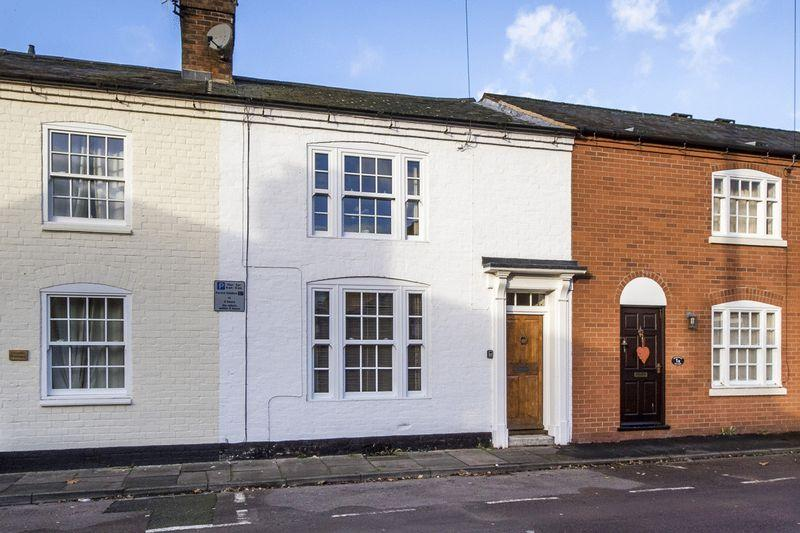 3 Bedrooms House for sale in Cherry Street, Old Town, Stratford-Upon-Avon