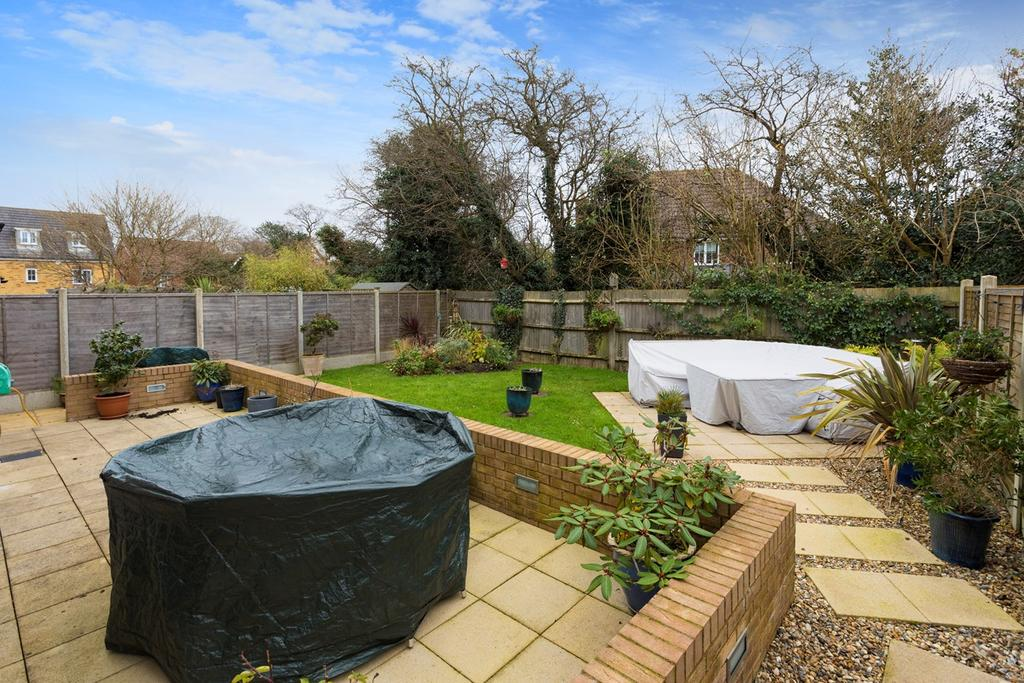 4 Bedrooms Detached House for sale in Campbell Road, Hawkinge, Folkestone, CT18