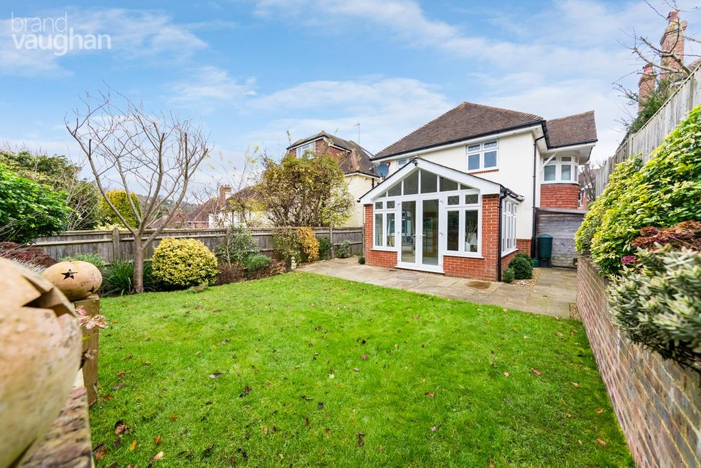 4 Bedrooms Detached House for sale in Varndean Gardens, BRIGHTON, BN1
