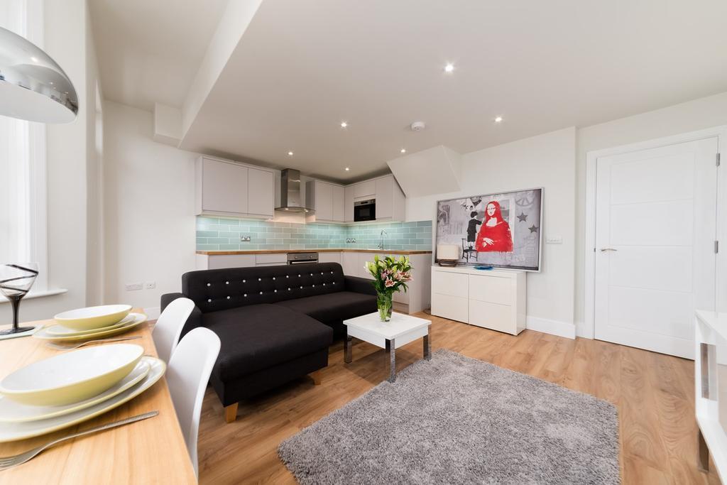 2 Bedrooms Maisonette Flat for sale in Elm Grove, Brighton, BN2