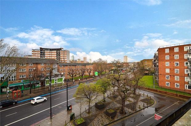 3 Bedrooms Apartment Flat for sale in Pakington House Stockwell Gardens Estate, Stockwell, SW9