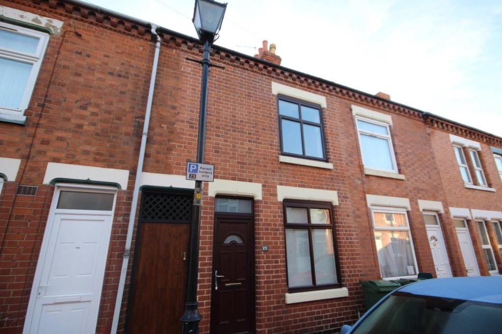 2 Bedrooms Terraced House for sale in Shakespeare Street, Loughborough