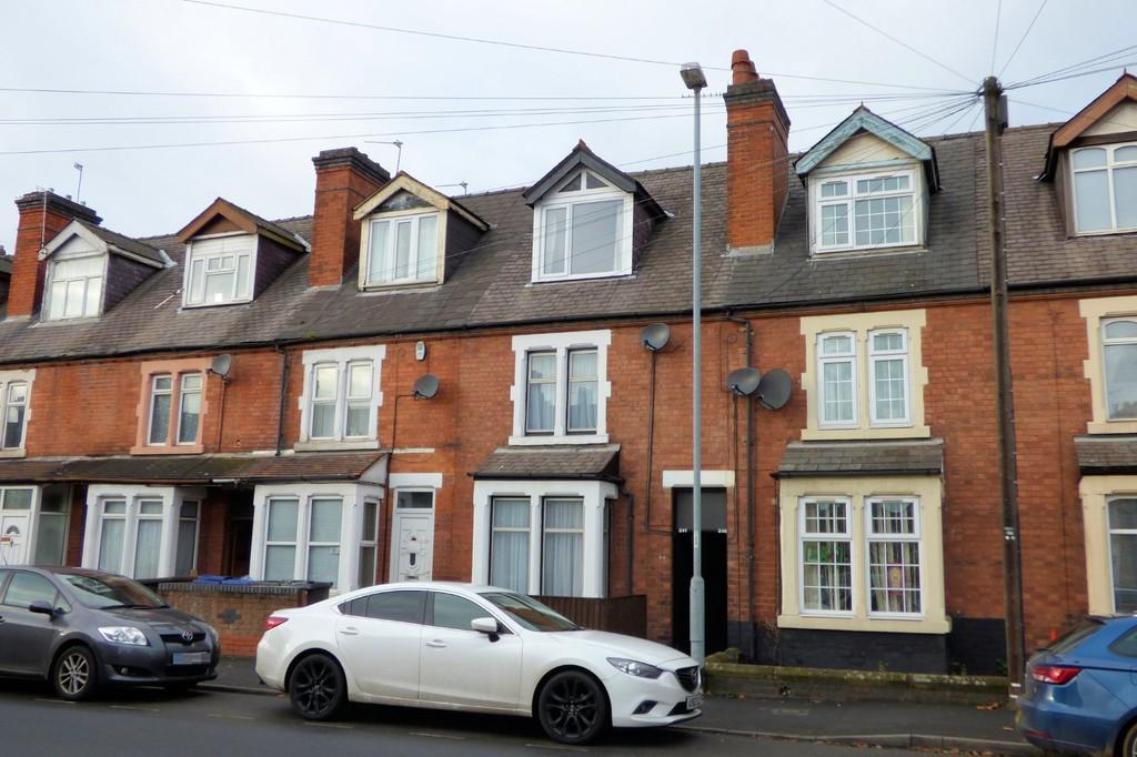 4 Bedrooms Terraced House for sale in Shobnall Street, Burton-on-Trent