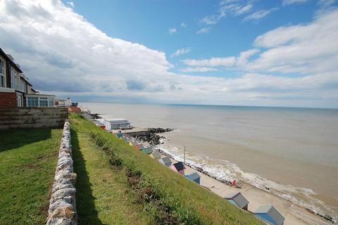 2 bedroom apartment for sale - Sheringham