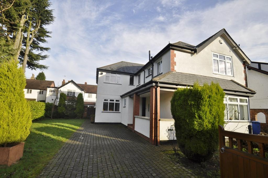 4 Bedrooms Detached House for sale in Acre Lane, Bramhall