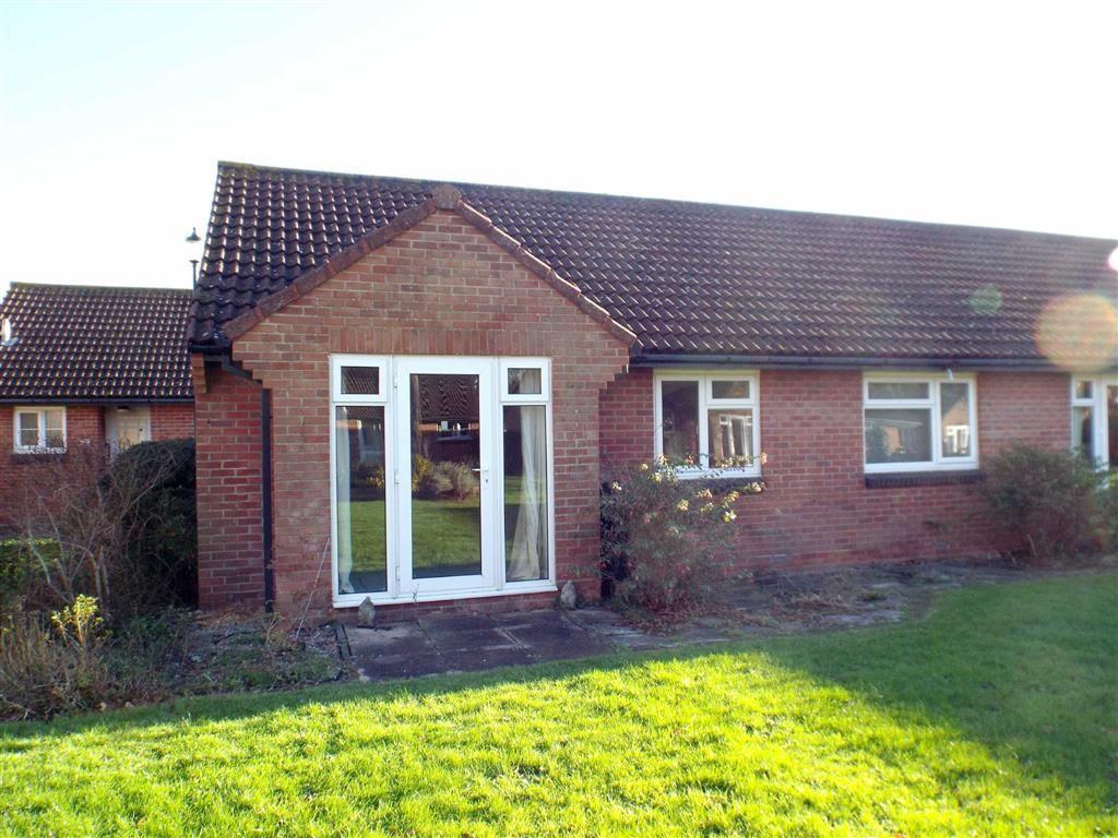 2 Bedrooms Semi Detached Bungalow for sale in Monks Way, Burnham-on-Sea
