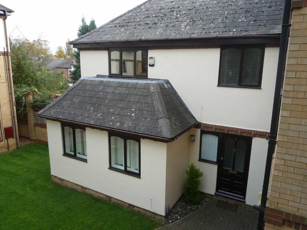 2 Bedrooms Detached House for rent in St Annes Road, Hitchin