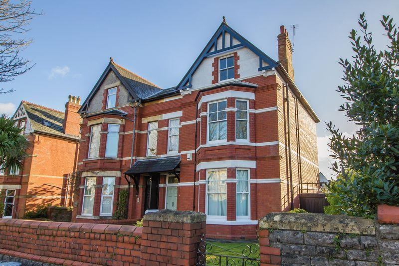6 Bedrooms Semi Detached House for sale in Stanwell Road, Penarth