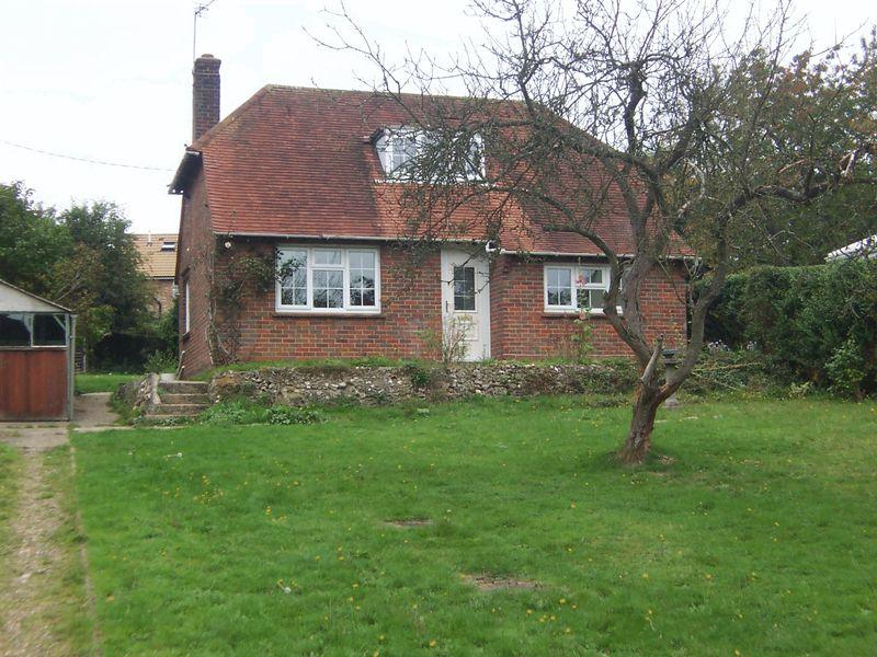 2 Bedrooms Detached Bungalow for sale in New Road, Penn