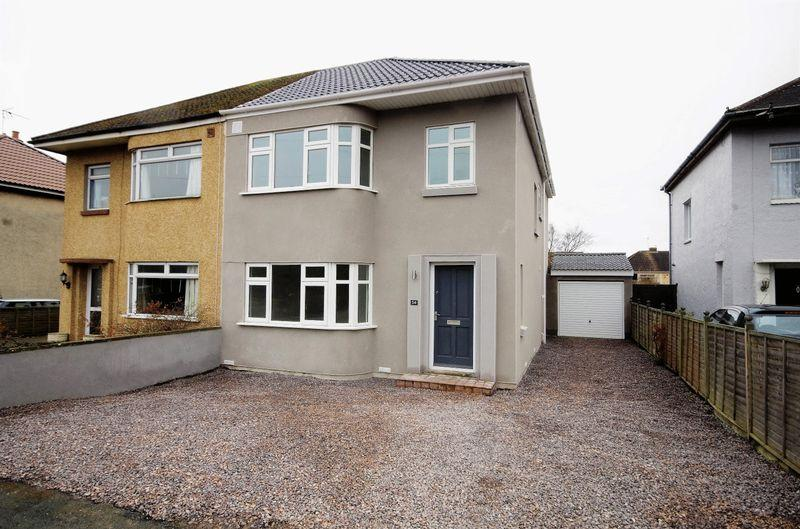 4 Bedrooms Semi Detached House for sale in Smithcourt Drive, Little Stoke, Bristol