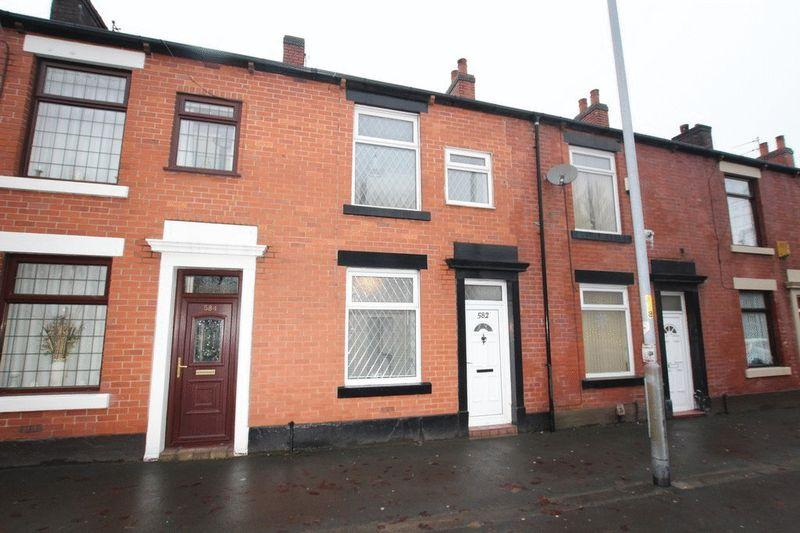 2 Bedrooms Terraced House for sale in Manchester Road, Castleton, Rochdale OL11 3AE