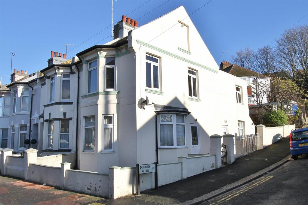 1 Bedroom Flat for sale in Roedale Road