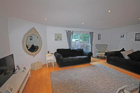 3 bedroom semi-detached bungalow for sale - Greenfield Crescent, Patcham, Brighton