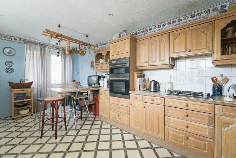 4 Bedrooms Semi Detached House for sale in Calvert Road, Greenwich, SE10