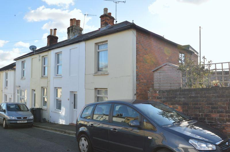 3 Bedrooms Terraced House for sale in CENTRAL RYDE