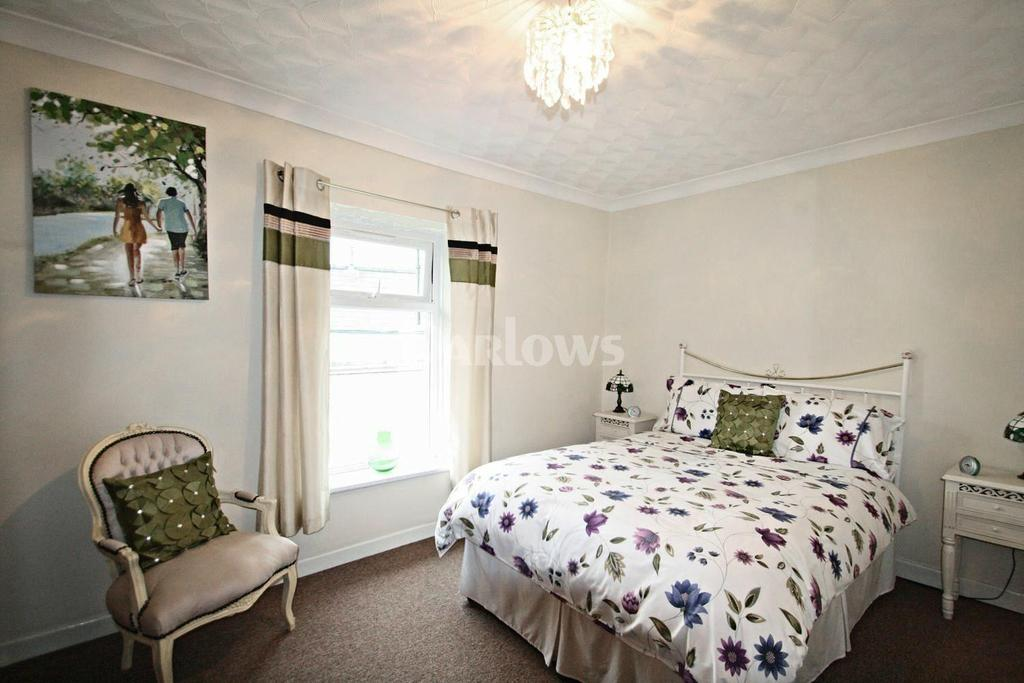 2 Bedrooms Terraced House for sale in Mill Street, Blaina, Abertillery, Gwent