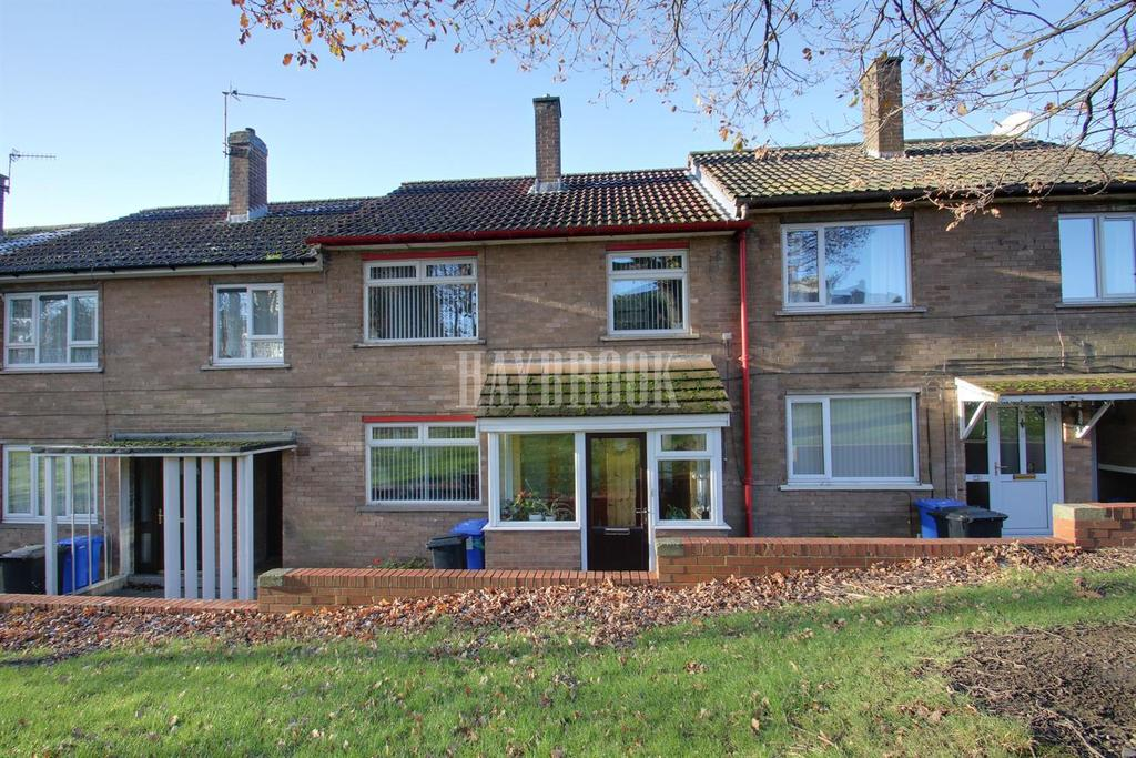 3 Bedrooms Terraced House for sale in Holmhirst Drive, Woodseats,Sheffield